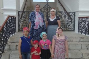 Паломническая экскурсионная поездка в Серпуховской Высоцкий мужской монастырь и на Страусиную ферму.